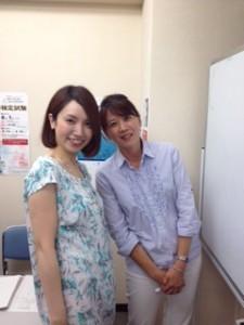 右:ナターリア先生 左:生徒さん