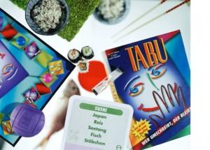 一つは「タブー」(ちょうど「寿司」を説明するカードです!タブーワードは日本、お米、のり、魚、お箸)